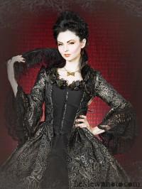 Черное платье с серебренным узором