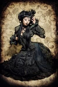 Волшебное черное готическое платье